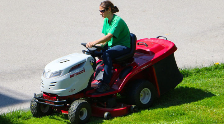 Why Does a Riding Lawn Mower Battery Drain? Homoq.com Guide