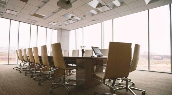 Office Glass Partitions versus Standard Partitions