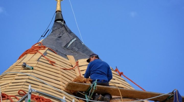 Roofing Service Company – How to Find the Right One?