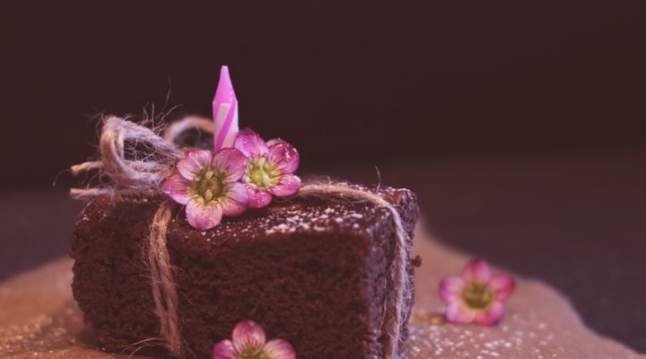 Chocolate Cake & Durian Cake Are Top-Sellers in Singapore – Know Why