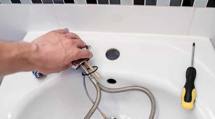 Questions to Ask When Hiring Emergency Plumber Services