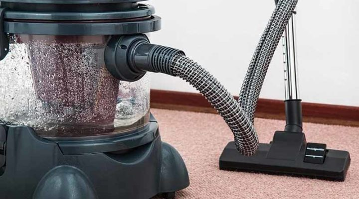 Robot Vacuum or Regular Vacuum – Which is Best?