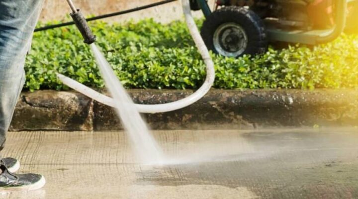 5 Reasons Why You Need A Driveway Cleaner Specialist