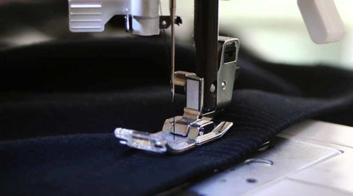 Tips To Find The Best Sewing Machine For Making Clothes