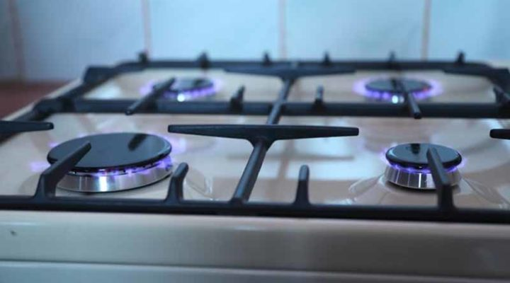 What Is The Best Type Of Cookware To Use On A Gas Stove?