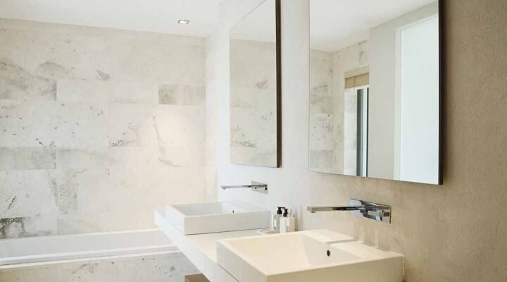 A Comparison between Framed and Frameless Wall Mirror: Which one is ideal for the bathroom?