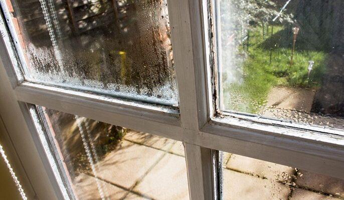 damage Acrylic windows