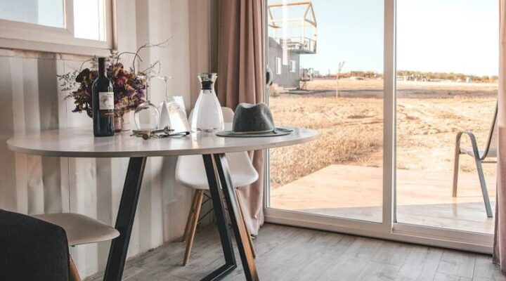 Things to Keep in Mind When Buying a New Glass Table