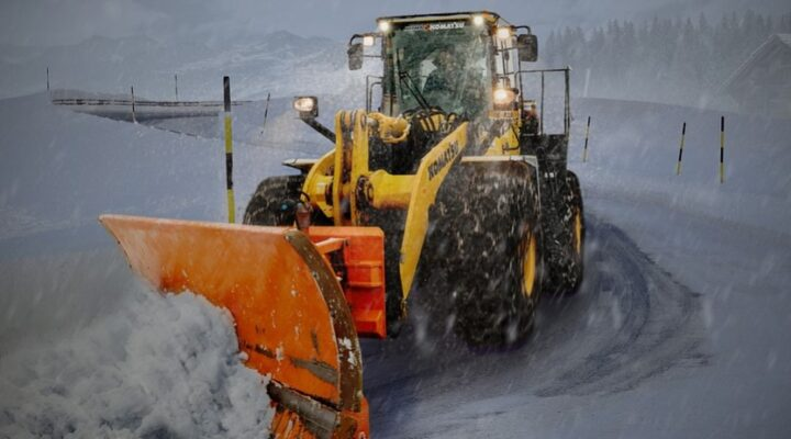 Guide to Hiring a Snow Removal Company