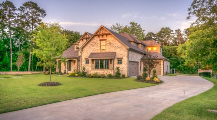 5 Benefits Of Landscaping For You And Your Home