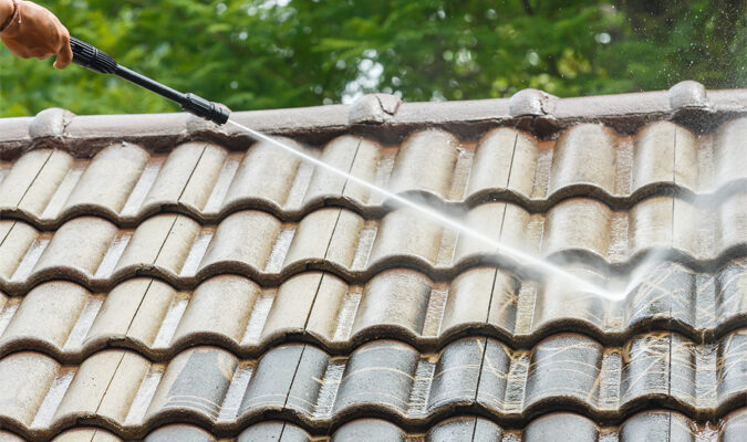3 Tips for Caring for and Cleaning the Roof