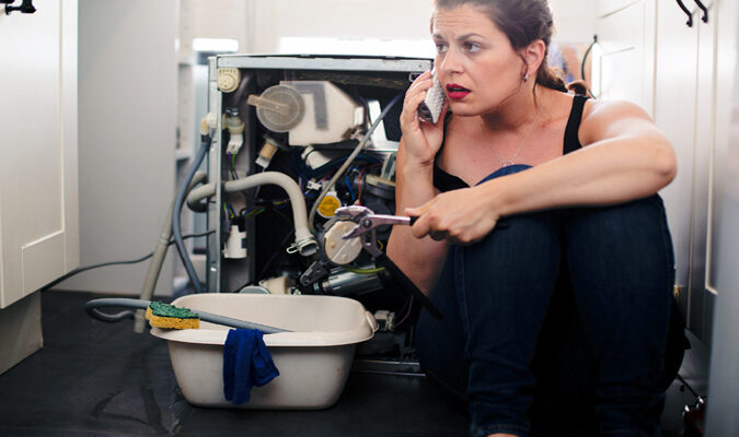 5 Plumbing Problems That Require a Professional