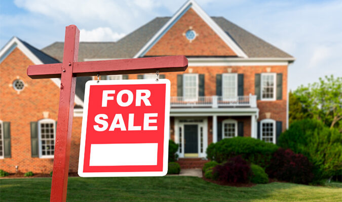 How Much Does It Typically Cost to Sell a House? A Simple Guide