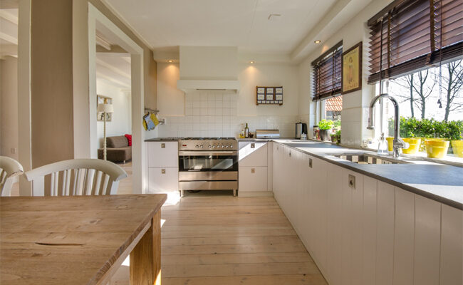 4 Excellent Reasons to Use Wood Kitchen Flooring