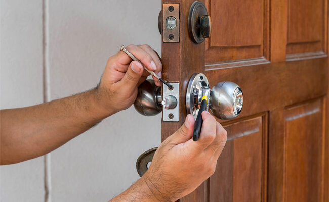 3 Telltale Signs It's Time to Get a New Front Door