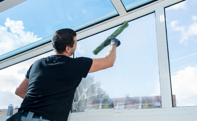6 Ways a Professional Window Cleaner Can Save You Time and Money