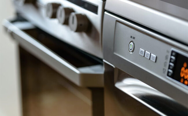 How to Know If You Should Repair or Replace Appliances
