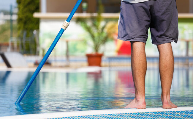 5 Signs It's Time To Replace Your Pool Filters