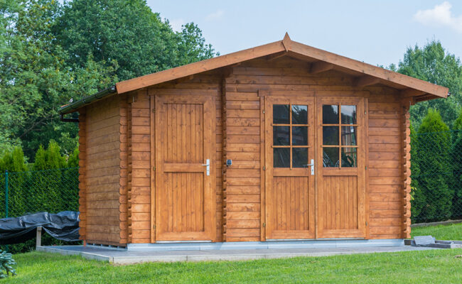 Outdoor Projects: How to Build a She Shed on a Budget