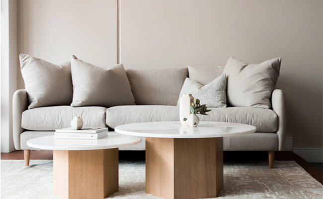 5 Ways to Decorate your Coffee Table According to Your Choice