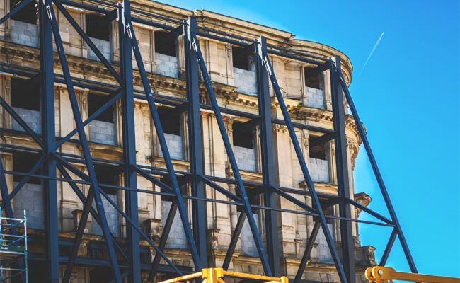 5 Warning Signs Your Building Needs Facade Restoration Services