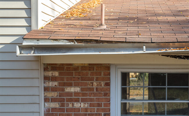 5 Key Signs You Need Replacement Gutters