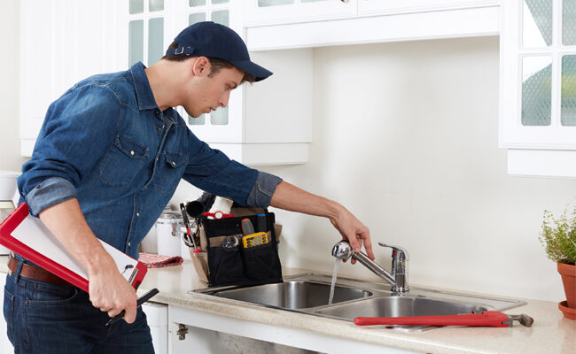 10 Factors to Consider When Hiring a Plumber