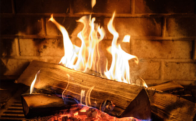5 Key Benefits of Having a Home Fireplace