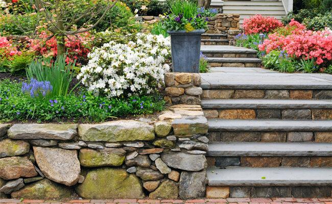 Top 10 Great Rock Landscaping Ideas