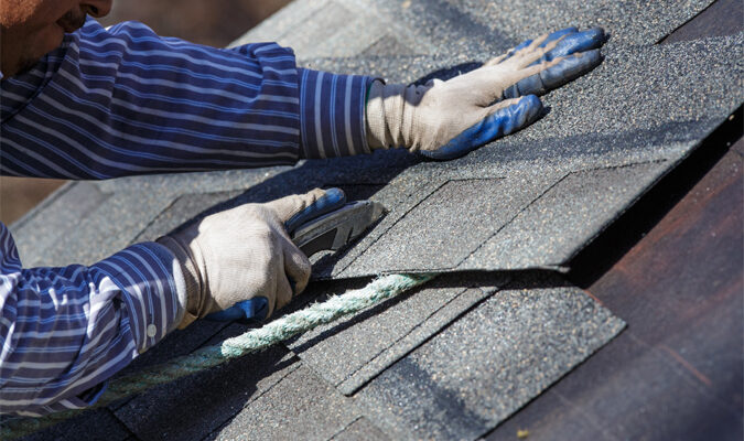 This Is How to Hire a Roofer for Your House
